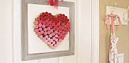 DIY wine cork heart by MyUncommonSliceofSuburbia.com via Hometalk.com.