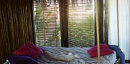 A tropical hanging bed via Selkie30 in Flickr.