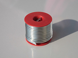 Lead-free solder offers a safe alternative to traditional soldering products.  Photo: Emilian Robert Vicol/Flickr