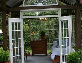 Susanne Hudson's garden house. Photo by Erica Glasener.