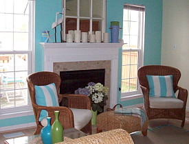 Try blue instead of gray. It is relaxing and uplifting. (Photo: jade/morguefile.com)