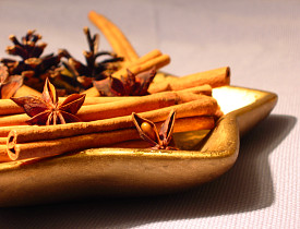 Want your house to smell like spices? Make potpourri like this. (Photo: Jozsef Szoke/sxc.hu)