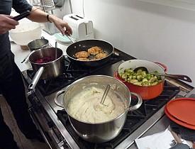 A cook enjoys a professional gas stove. (Photo: Seemann/morguefile.com)