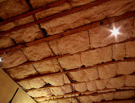 Fiberglass batt insulation. Photo: mjtmail (tiggy)/Flickr