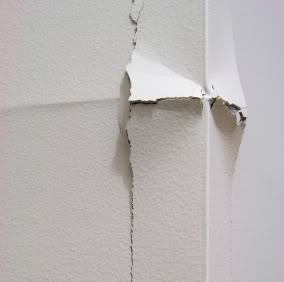 How To Fix A Crack In Drywall