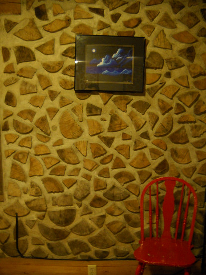A cordwood and mortar wall.  Photo: Cris Carl.