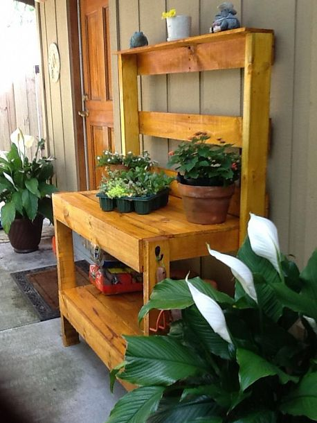 Build a Potting Bench This Spring - Articles :: Networx