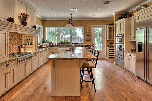 Beige Kitchen Though Trendy Colors Are Fun Neutrals Are Safe When