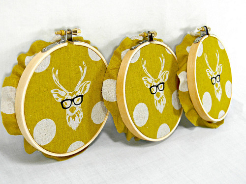 Hipster deer wall hangings by Hey Paul Studios/Flickr Creative Commons