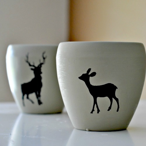 Deer flowerpots and photo by Tara @Suburble via Hometalk.com.