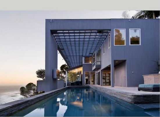 Matthew Perry's Malibu house. Image via Trulia via Forbes.com.