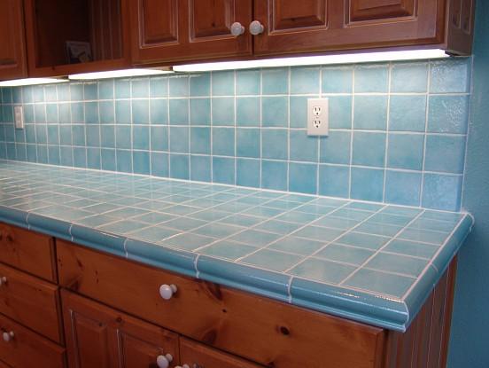 edge of tile backsplash would quarter round wood trim look